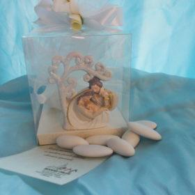 cod.RR7000 Albero della vita con Sacra Famiglia in resina glitterarata - confezionato in box pvc cm.8x9