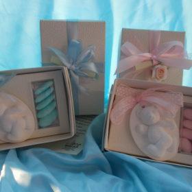 cod.NB2GS Gessetto bianco profumato orsetto con box- disponibile con fiocco rosa o celeste