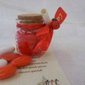 cod.LVS01 Vasetto in vetro con scritta laurea e tappo in sughero - decoro con coccinella - cm.6x4,5